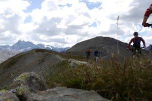Enduro 3000 Die Freeride Transalp in Östereich, Schweiz und Italien. MTB Enduro Reise über Ischgl, Livigno, Bormio ins Vinschgau. Lift uns Shuttle Begleitung. Trailholidays Mountainbike reisen