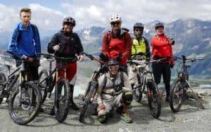 TrailCamp Aostatal. entdecke die besten Trails zwischen Matterhorn & Mont Blanc. Geführte MTB Touren mit Shuttle und Lift. Bikepark Pila & Bikepark Cervinia inklusive. Das Mountainbike TrailCamp in Aosta und Valtourneche. Pila & Cervinia Bikepark - Aosta Freeride