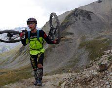 Enduro 3000 - Die Freeride Transalp in Östereich, Schweiz und Italien. MTB Enduro Reise über Ischgl, Livigno, Bormio ins Vinschgau. Lift und Shuttle Begleitung. Trailholidays Mountainbike reisen. Enduro-Freeride Bikereise und MTB Urlaub